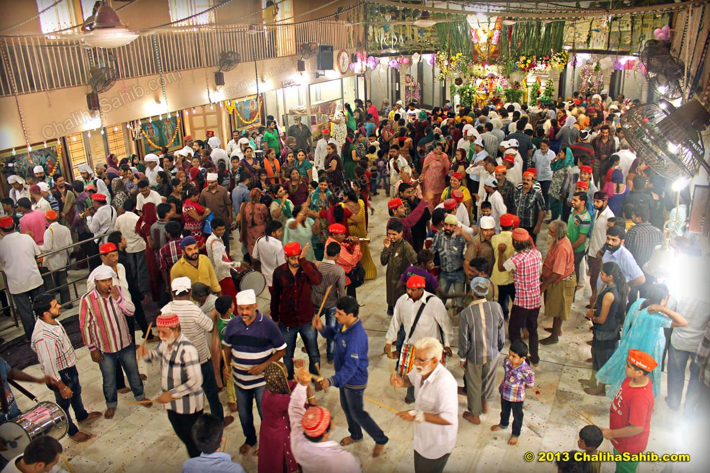 Palav Crowd Chaliha Sahib