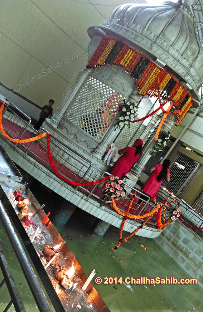 Puj Chaliha Sahib, Candles & Diyas  Near Sarovar 2014
