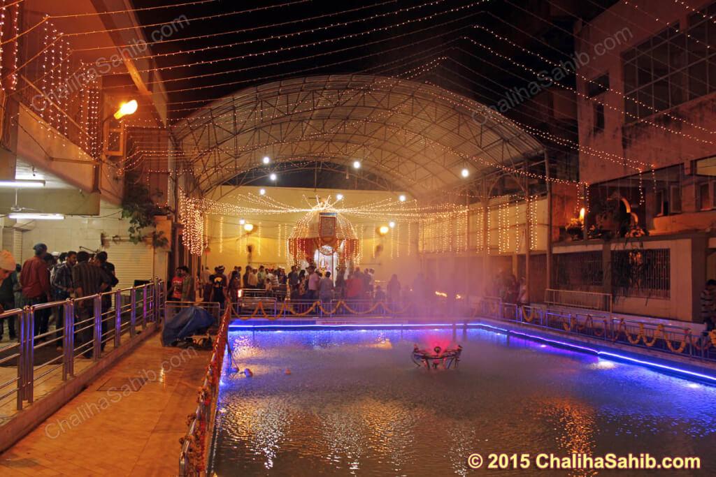 Puj-Chaliha-Sahib-Jhulelal-Mandir-lights