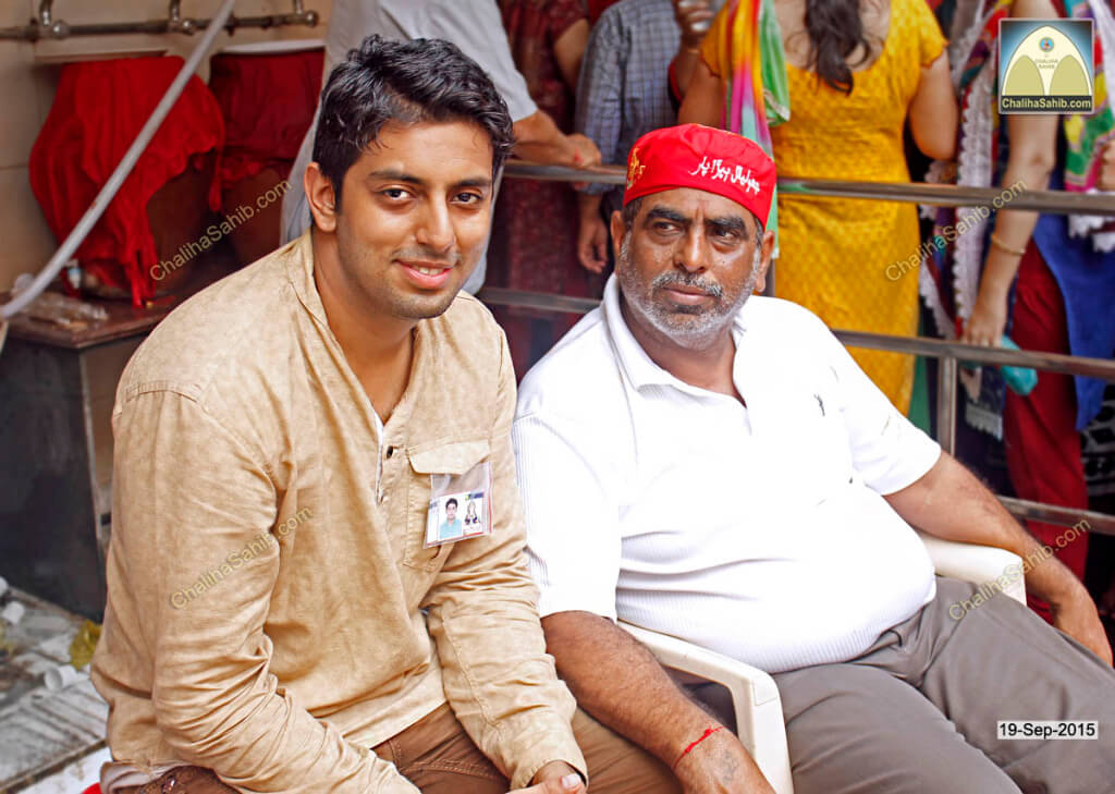 Chaliha-Sahib-Mandir-Father-Son-Shevadhari