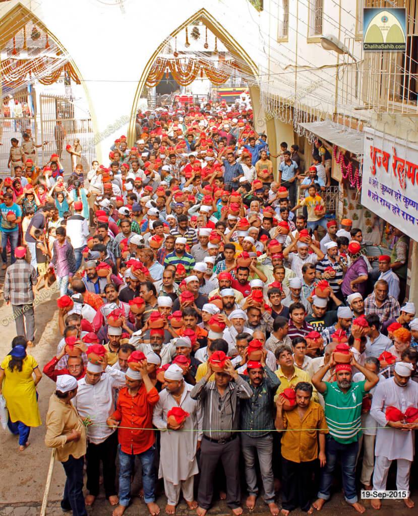 Chaliha-Sahib-Mandir-Matki-Mela-Gents-Time
