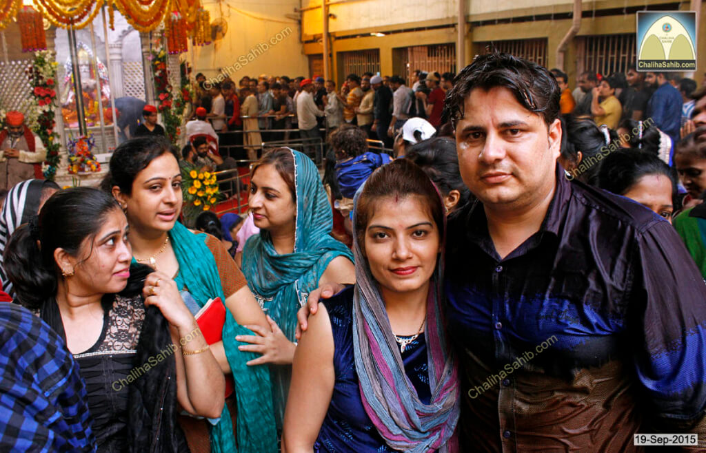 Chaliha-Sahib-Mandir-couple3