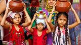 Chaliha-Sahib-Mandir-devotee-family3