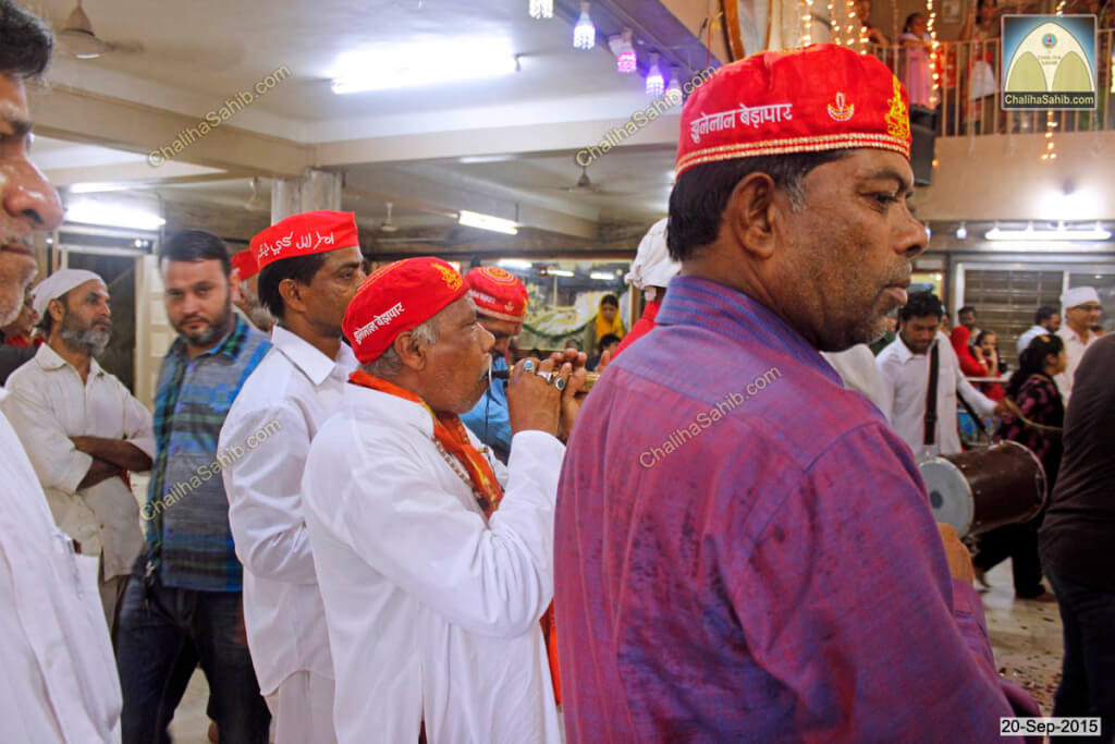 Chaliha Sahib Palav Day Dulari Music with Sindhi Topi of Jhulelal Sain